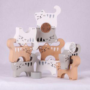 natural wooden stacking cats
